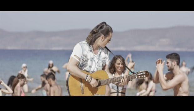 Dionysis Sxoinas VideoClip6