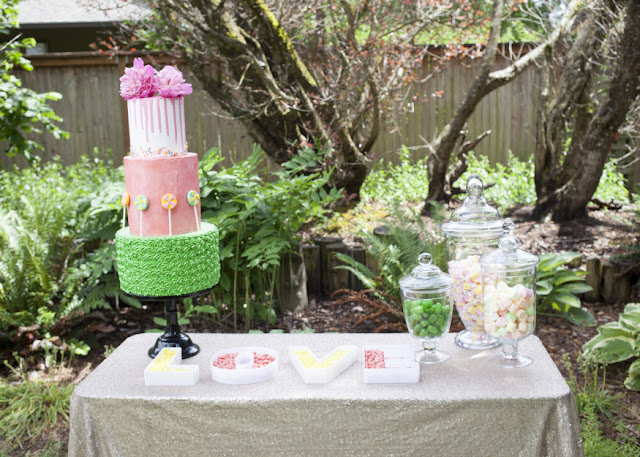 Wedding-dessert-table-wedding-cake-wedding-candy-bar