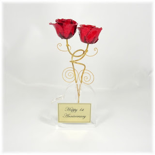 Two Loving Gold Roses in Personalized Heart Vase
