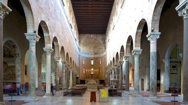Sobre a Basílica de São Frediano em Lucca