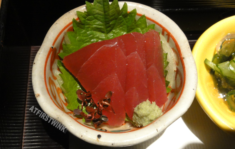 Dinner at Mimiu (美々卯) Shinsaibashi three thick slices of tuna sashimi fresh wasabi