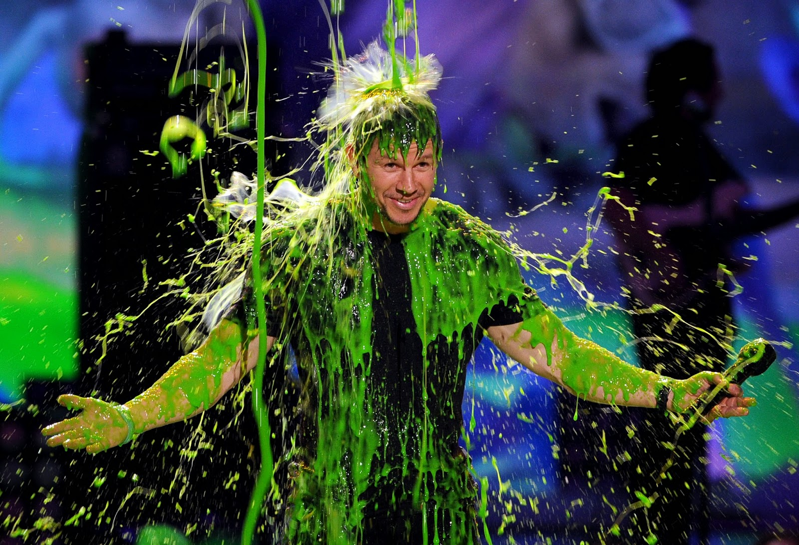356afaa3319 Host Mark Wahlberg gets slimed at Nickelodeon s 27th Annual Kids  Choice  Awards