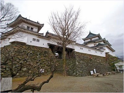 ปราสาทวาคายามะ (Wakayama Castle)