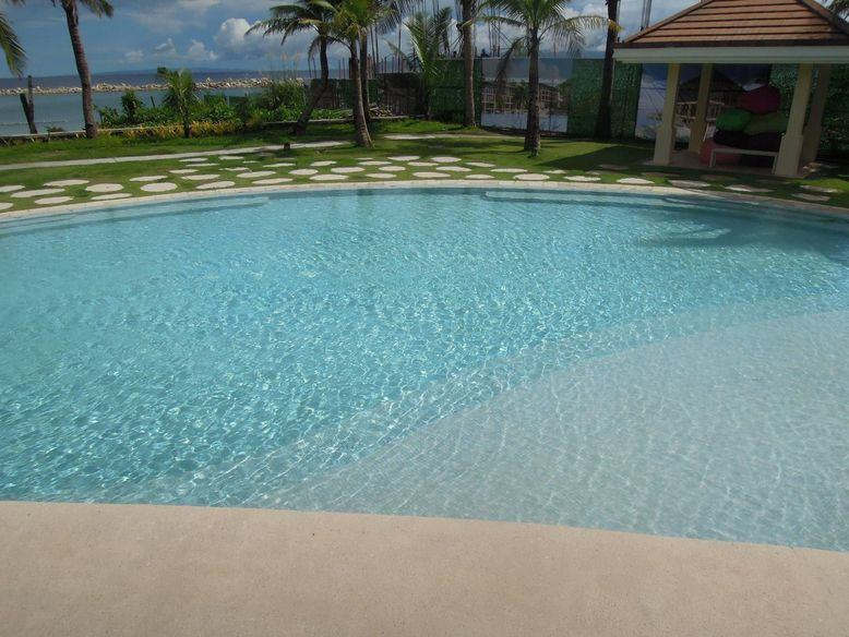Swimming pool in Misibis Bay