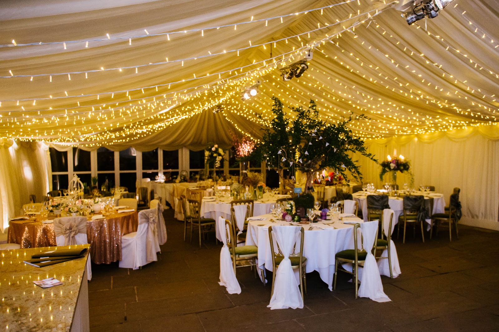 Flower design events for Indoor marquee decoration