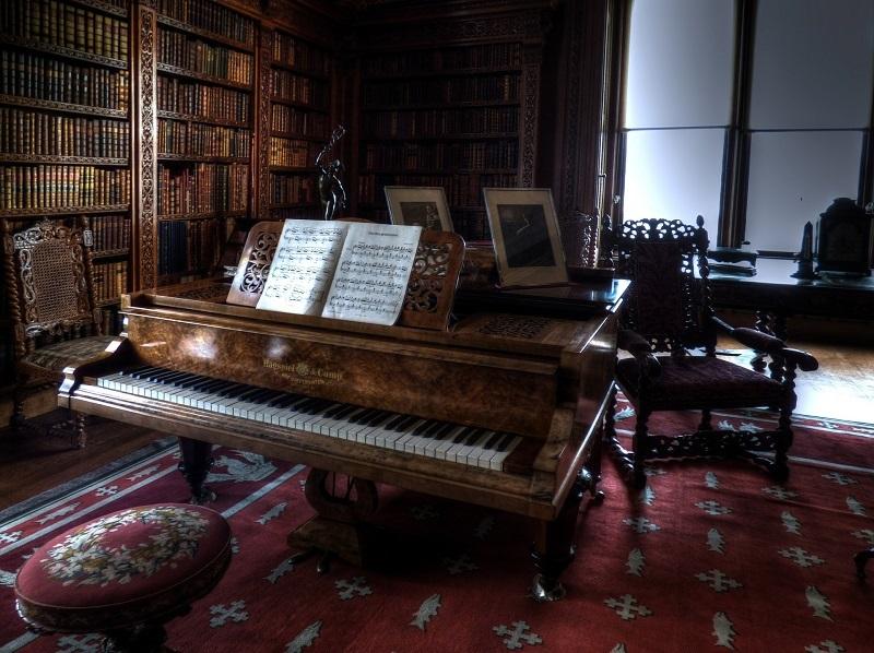 Piano Size