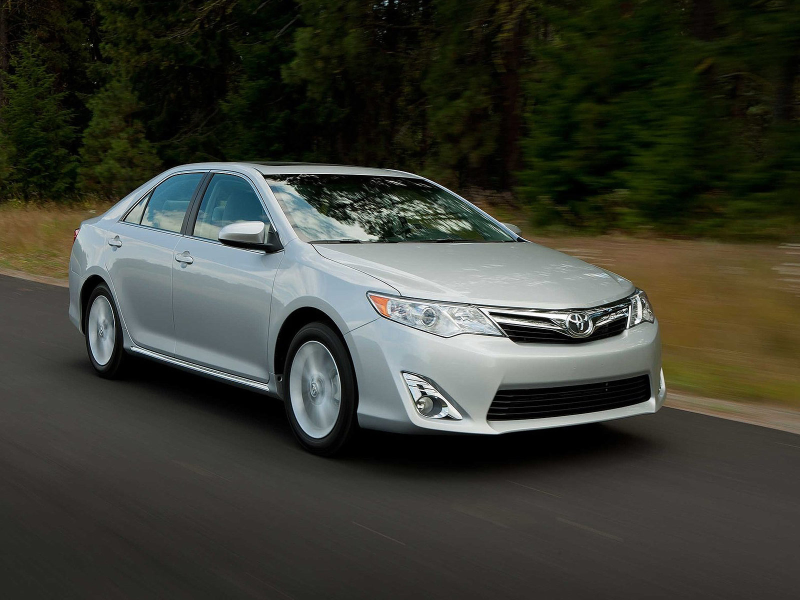 2012 toyota camry japanese car photos. Black Bedroom Furniture Sets. Home Design Ideas