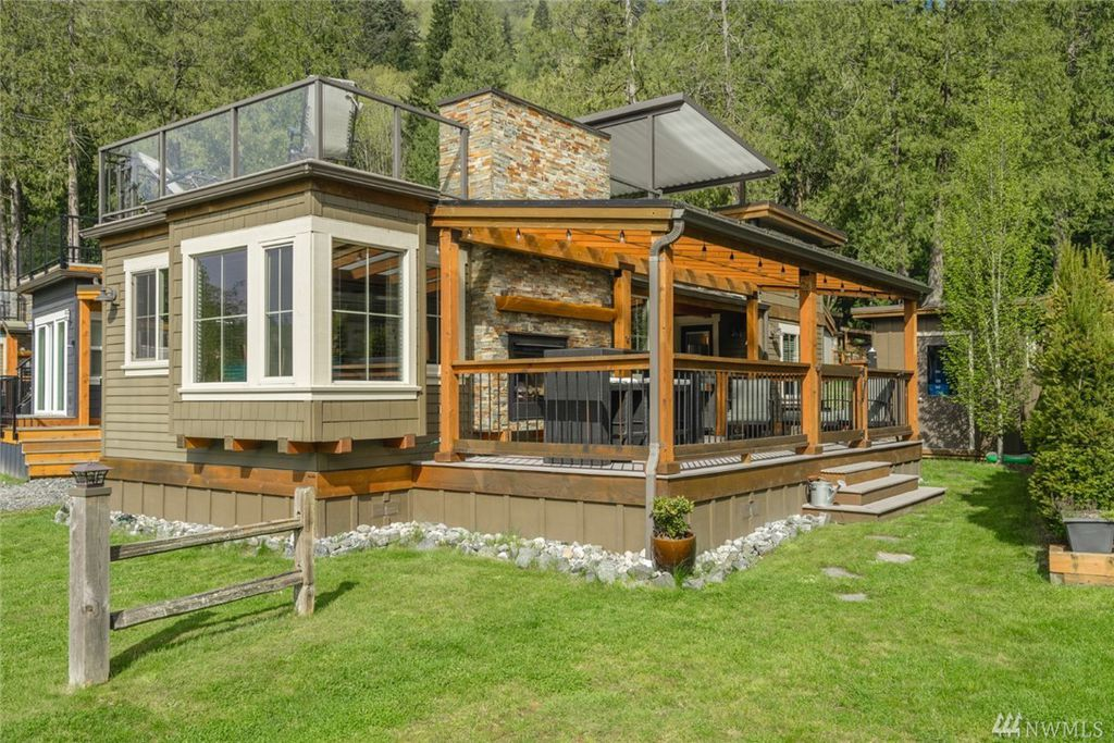 TINY HOUSE TOWN: The Fairhaven Cottage (399 Sq Ft