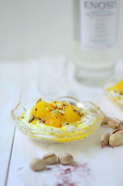 yogurt greco con pere allo zafferano