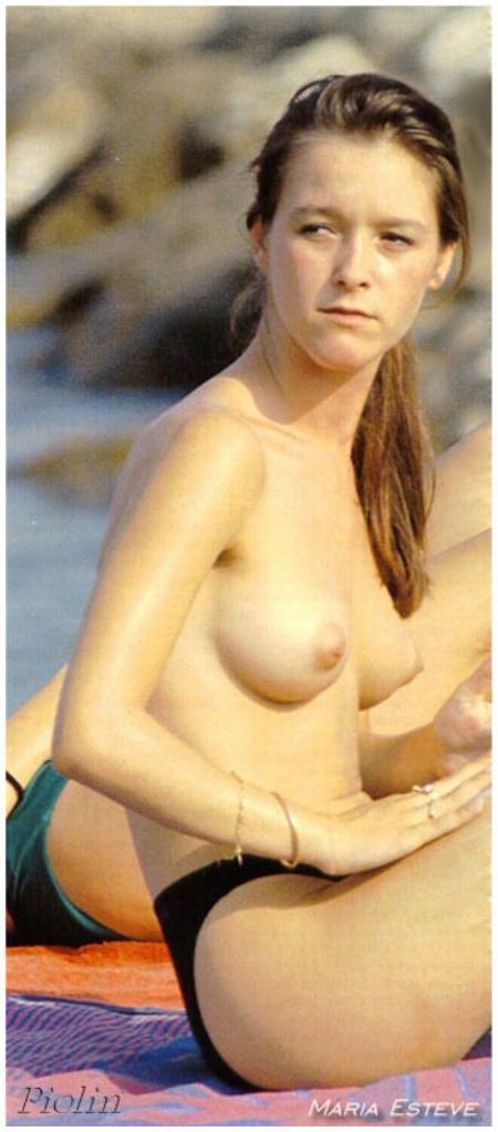 Download Sex Pics Descalzas Y Famosas 4 Maria Esteve En Topless