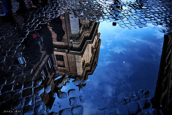 Stunning Examples Of Reflective Photography