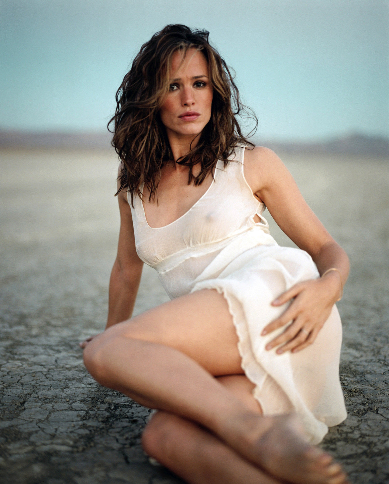 see Jennifer through nude garner