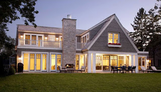 Country-House-Plans-Shingle-Style