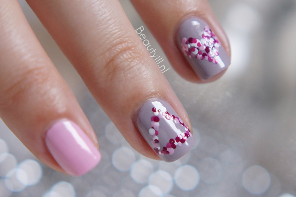 DIY Nail Art | Sign Of Love
