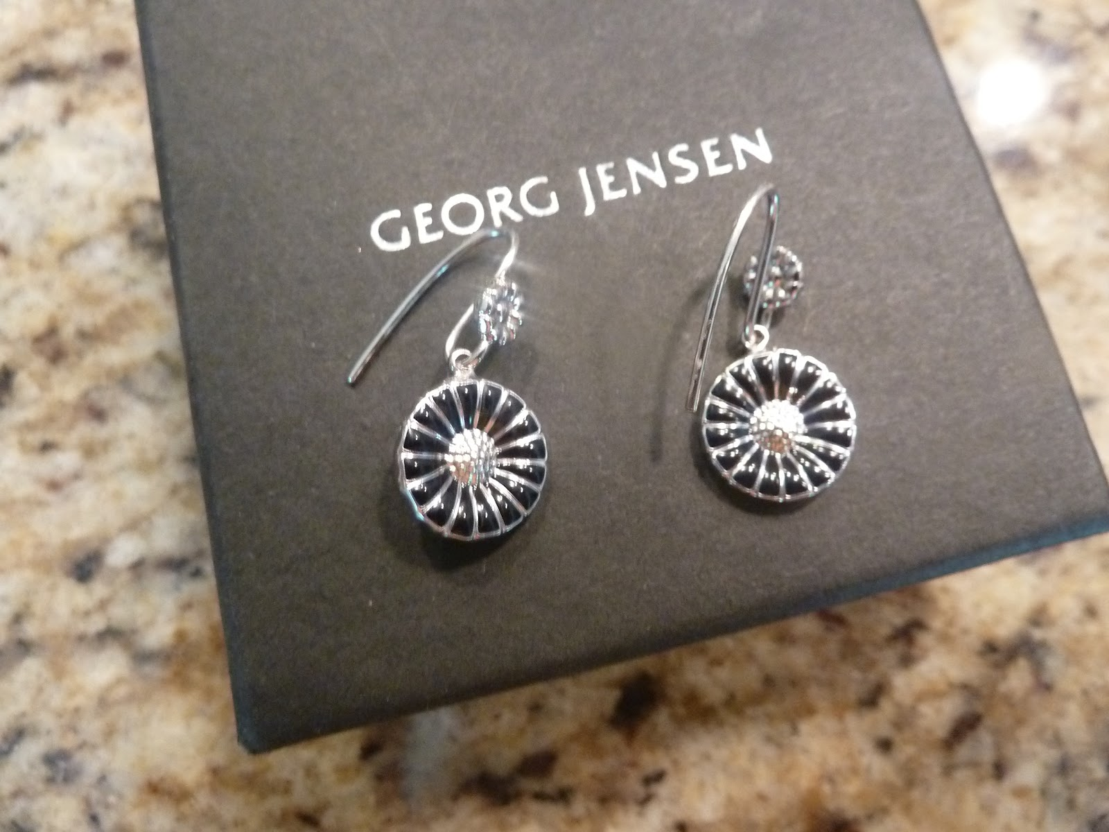 a568f6a8a Sparrows & Sparkle: Grapes, Daisies, and Georg Jensen on Sale