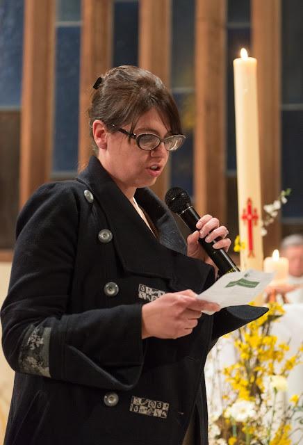 Profession de foi d'Olivia lors de son baptême à Paron 2015 yonne