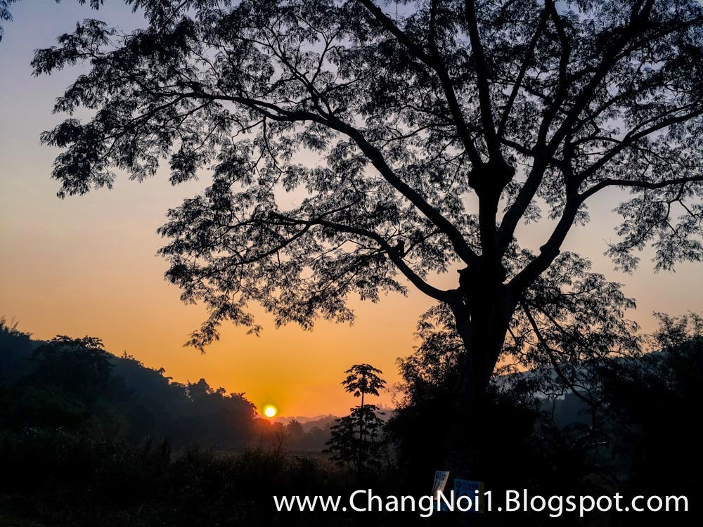 Hunting for sunrises in Loei - Thailand