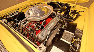 1955 Ford Thunderbird Convertible Engine 01