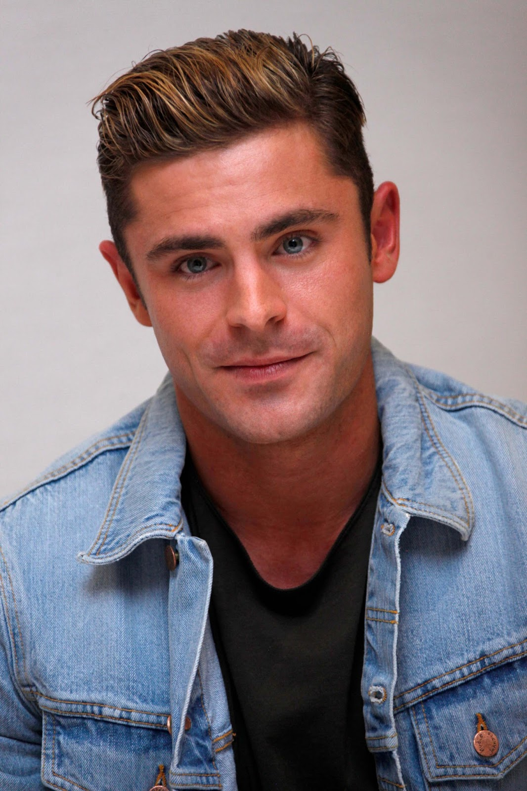 Zac Efron Source Per&#...