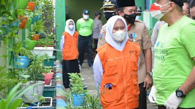 Bupati Tangerang Luncurkan Program Sekolah KeHati di SMPN 1 Curug