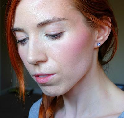 Wearing Vapour Organic Beauty Aura Multi Use Classic in Artemis