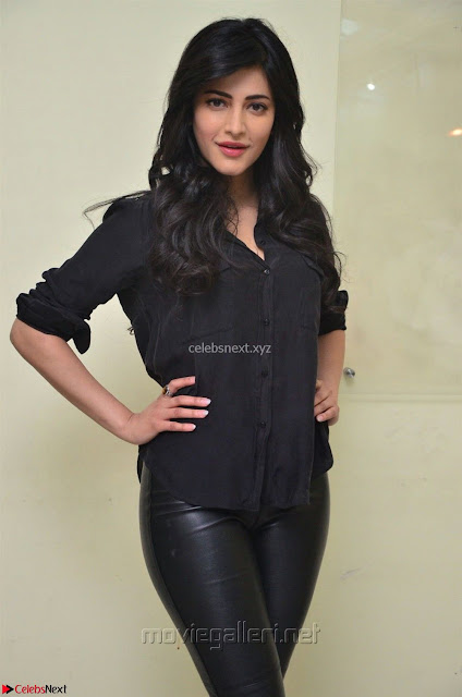 Shruti Haasan Looks Stunning trendy cool in Black relaxed Shirt and Tight Leather Pants ~ .com Exclusive Pics 001.jpg