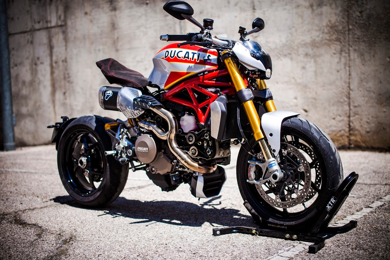 racing caf ducati monster 1200 s siluro by xtr pepo. Black Bedroom Furniture Sets. Home Design Ideas