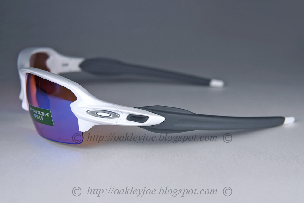 b75179b339e silver + black iridium  225 lens pre coated with Oakley hydrophobic nano  solution complete set with box