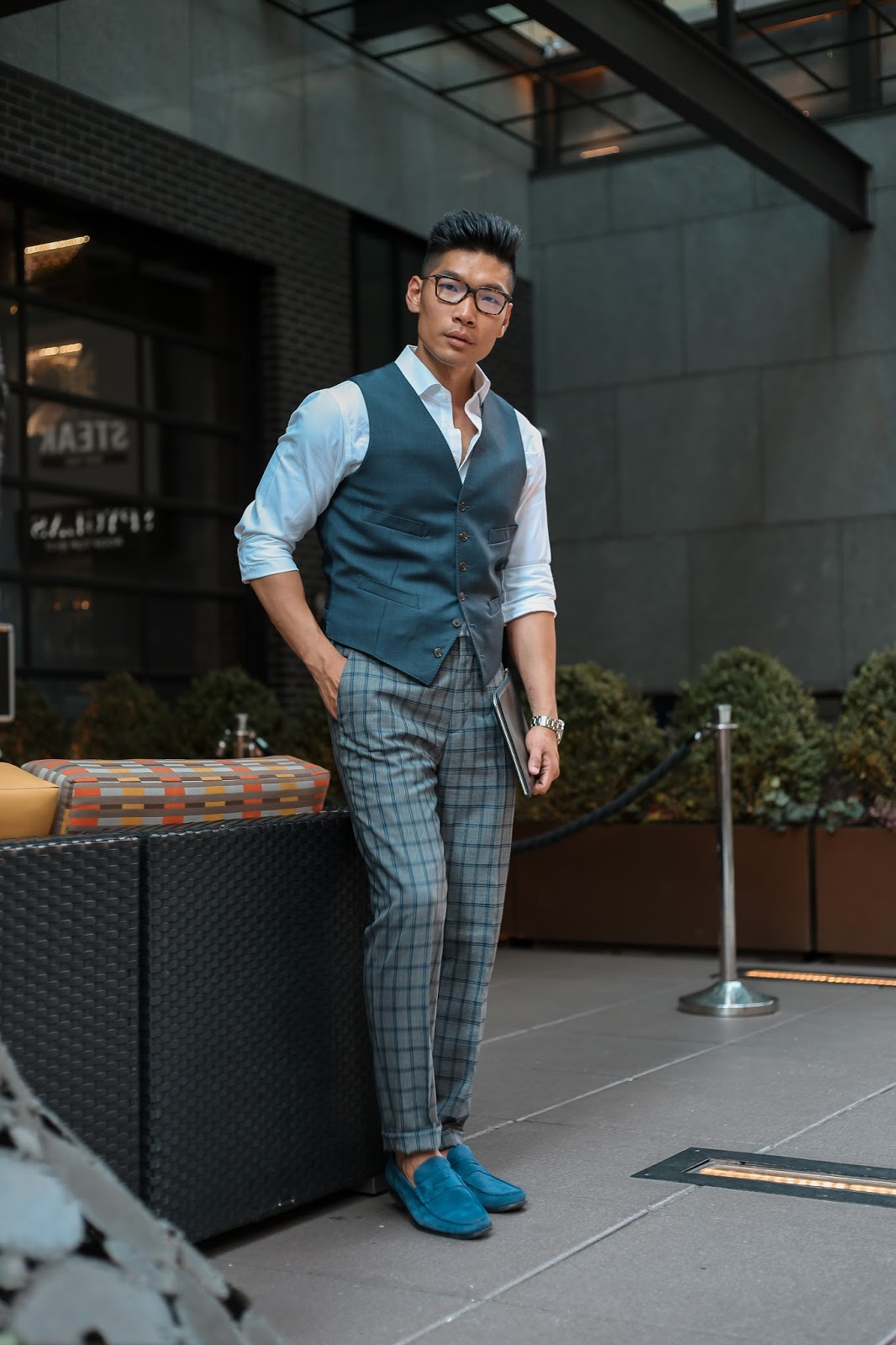 Men's Summer Style, How to Pattern Suit, Tommy Hilfiger Suit, Suede Loafers, Tissot, Menswear Levitate Style, Leo Chan