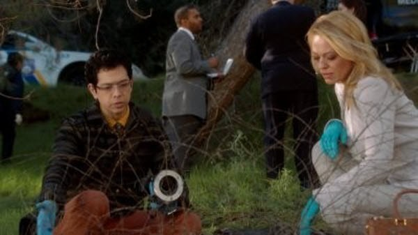 Body of Proof - Season 3 Episode 13: Daddy Issues