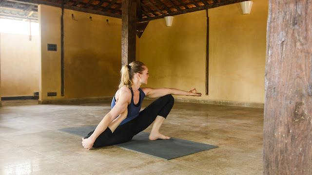 Mỗi ngày một tư thế Yoga || 53 Tư thế trụ Yogic