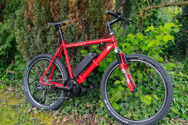 E-Bike-Umbau So baust du dir dein eigenes E-Bike mit Mittelmotor  DIY E-MTB Anleitung zum E-Bike Umbau mit Bafang BBS01 Mittelmotor E-Bike selber bauen aus altem Mountainbike 01