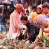 Pembantu Mardani Mencari Nanas Muda Sampai ke Pasar Jembatan Lima