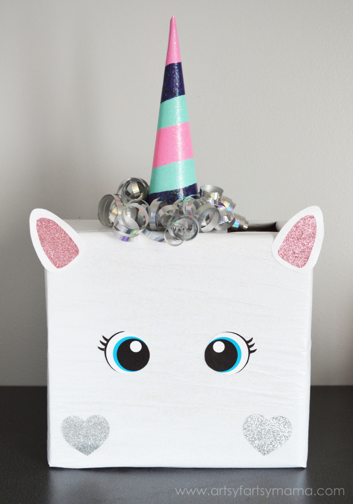 Unicorn Valentine Card Box at artsyfartsymama.com #plaidcrafts #modpodge #applebarrel