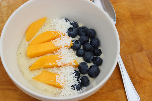 mango madness tropical smoothie bowl