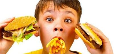 ارتفاع درجات الحرارة يسهل عملية تعفن المواد الغذائية المسببة لحالات التسمم