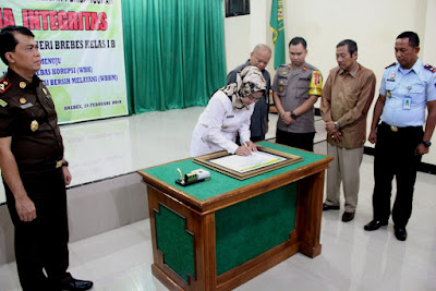 http://www.topfm951.net/2019/02/pengadilan-negeri-brebes-terapkan-zona.html#more