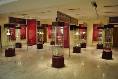 Ξεναγήσεις στις περιοδικές εκθέσεις του Διαχρονικού Μουσείου Λάρισας