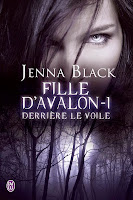 http://lachroniquedespassions.blogspot.fr/2014/02/fille-davalon-tome-1-derriere-le-voile.html