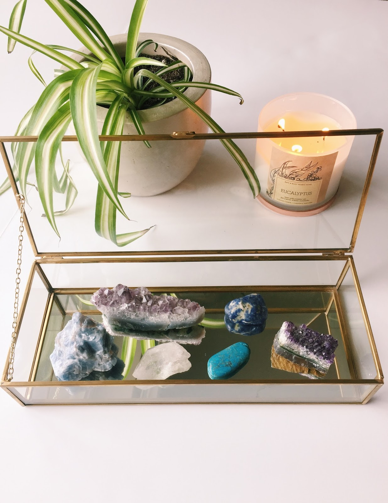 How To Use Gemstones as Home Decor — Sara Of Happy