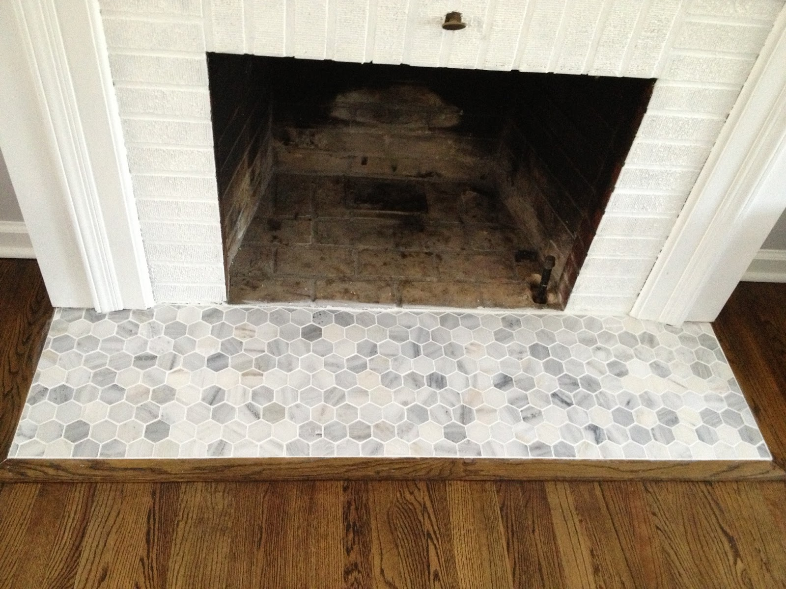 New Retro Ranch Reno: Operation Hearth Re-Tile - Grouted Goodness!! KM34