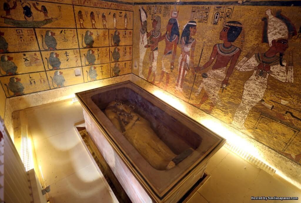 Misteri Sumpahan Makam Raja-raja Purba