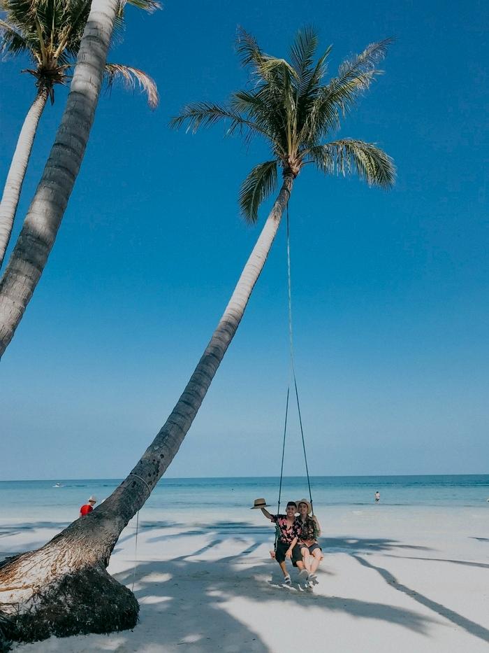 Review Bãi Trào (Hòn Thơm) + giá vé đi cáp treo Phú Quốc (*)