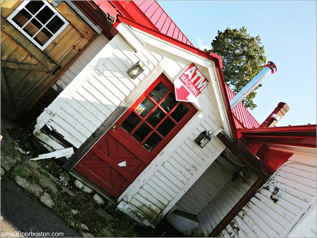 Applecrest Farm: Cajero Automático
