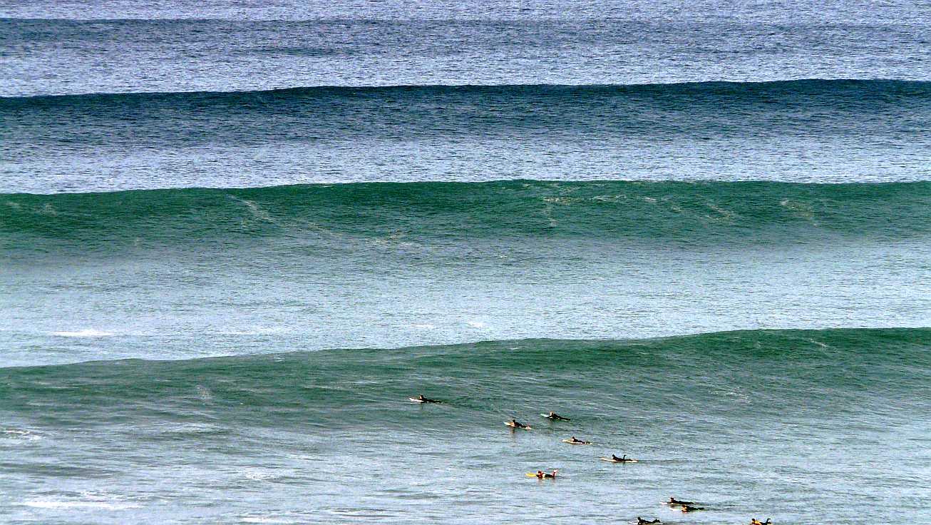 surf menakoz diciembre 2015 olas grandes 08