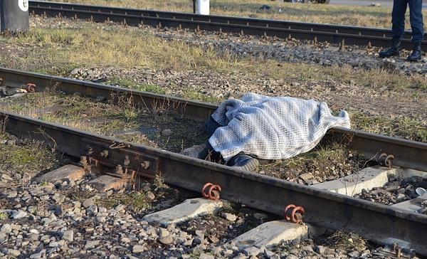 В Башкирии мужчина попал под поезд