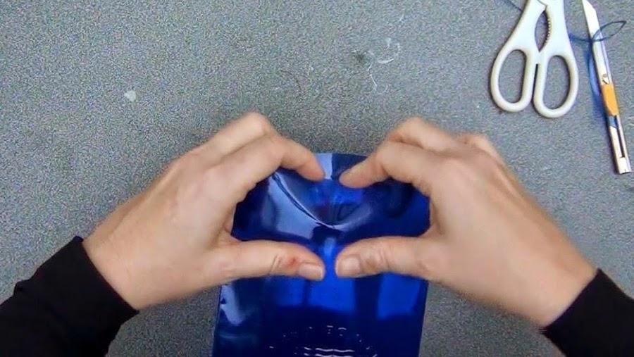 Idea caja regalos reciclar botella de plástico DIY