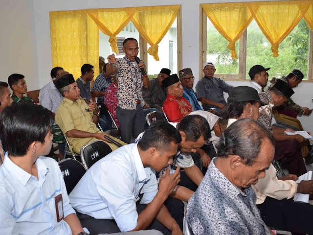 Christian Tehuteru Temui Tokoh Masyarakat di Kecamatan Haruku