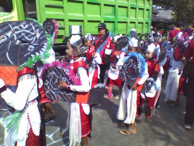 Foto SDN Tunggulrejo pada acara Festival Karnaval Kecamatan Singgahan Tuban 2014