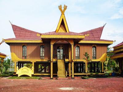 Foto Rumah Adat Riau